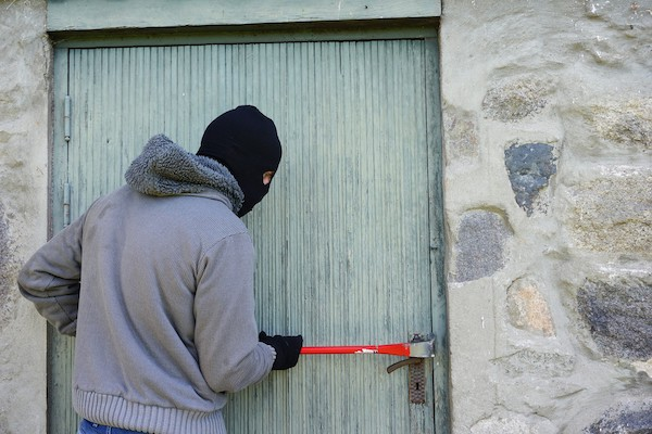 Trying to secure your business? Here are some tips for how deter burglars from your business.